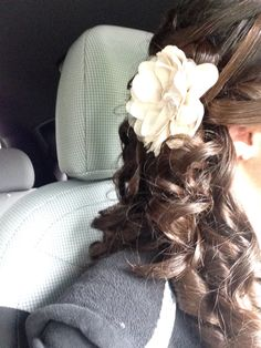 Hairstyle for my twins wedding