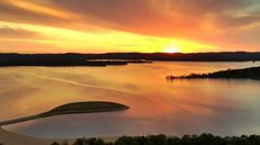 Sunset at the beautiful Table Rock Lake! http://www.bransonshows.com/