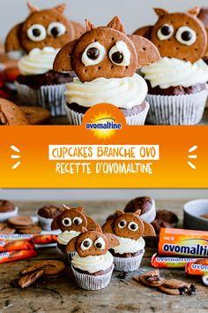 Whoo-hoo-hoo-hoo! Avec cette recette Ovomaltine, tu apportes l'ambiance d'Halloween dans la salle à manger: même si les délicieux cupcakes aux Branches Ovomaltine ne font pas peur à tes invités, ils leur donneront un air plus mimi 😉  Psssst: les chauve-souris d'Ovomaltine sont non seulement un accroche-regard à Halloween, mais vont également ravir à chaque fête d'anniversaire ou fête à devise! Muffins, Cooking, Breakfast, 1, Food, Drinks, Kitchens, Yummy Cupcakes, Recipes