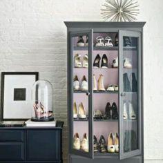 shoe display case