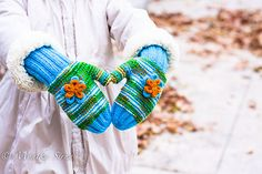 Ravelry: Kveta Mitts and Mittens pattern by Monika Sirna Mittens Pattern, Ravelry, Knit Crochet, Baby Kids, Scrap, Crafty, Knitting, Creative, How To Make