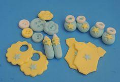Pasta de azúcar bebé artículos Cupcake Toppers (bodies, babero, botella, botines, botones) - Baby Shower, 1er cumpleaños, bautismo