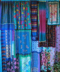 10 Creative Curtain Displays - RoomandBathRoomandBath