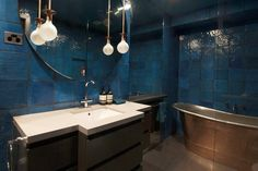 Perini - Collingwood Bathroom Renovation Contact Perini Kitchens & Bathrooms: 03 9429 6399