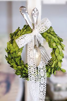 Boxwood, lace and silver