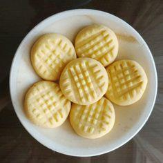 Four Ingredient Custard Cookies Recipe on Yummly. Custard Biscuits, Custard Cookies, Gooey Cookies, No Flour Cookies, Biscuit Cookies, Vegan Biscuits, Easy Cookie Recipes, Sweet Recipes, Dessert Recipes
