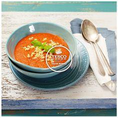 Rajčatová polévka s písmenkovou zavářkou  http://www.tescorecepty.cz/recepty/detail/57-rajcatova-polevka-s-pismenkovou-zavarkou
