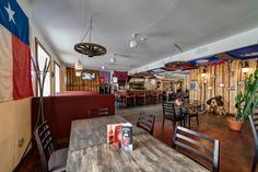Smoky Saloon in Tallinn, Estonia. Google Indoor Street View. Nordic360. Restaurant. BBQ. American food. Panorama View.  Photography.