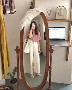 Korean Street Fashion, Korea Fashion, Asian Fashion, Aesthetic Fashion, Aesthetic Clothes, Chic Outfits, Fashion Outfits, Pink Fashion, Womens Fashion