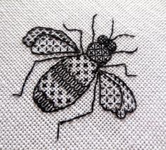 Stitch this lovely little bee in the blackwork embroidery technique. You will receive full instructions (in PDF format) including a materials list, Más Motifs Blackwork, Blackwork Cross Stitch, Blackwork Embroidery, Bee Embroidery, Cross Stitch Embroidery, Embroidery Patterns, Cross Stitch Patterns, Cross Stitches, Knitting Stitches