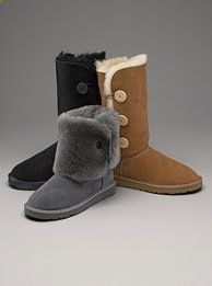 UGG Boots Outfit UGG Australia Classic Fashion trends Haute couture Style tips Celebrity style Fashion designers Casual Outfits Street Styles Women's fashion Runway fashion Classic Fashion Trends, Style Fashion, Tall Boots, Snow Boots, Ugg Boots Outfit, Ugg Boots Sale, Uggs For Cheap, Ugg Bailey Button, Bearpaw Boots