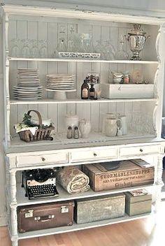 Shabby Cupboard..want want want.