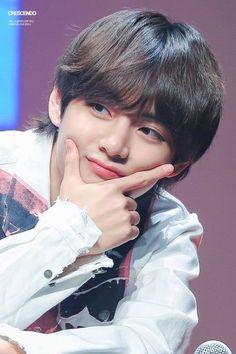 Kim taehyung v bts love yourself tear Jimin, Bts Taehyung, Bts Bangtan Boy, Daegu, V Bts Cute, V Cute, Billboard Music Awards, Foto Bts, Frases Bts