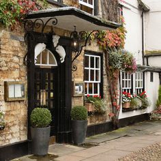 The Bear Hotel Woodstock-England by Bobby8, via Flickr. This is a lovely village right outside Bleinhem Palace.