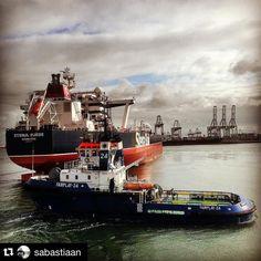 """MT ""Stena Suede"" is leaving the #portofrotterdam #rotterdam #maasvlakte #nl_rtm #nlrtm #stena #stenabulk #ship #vessel #oiltanker #oilandgas #cargo…"""