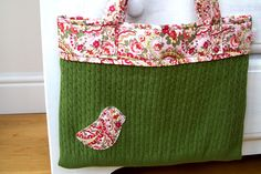 Sew this adorable Little Bird Tote made out of a thrifted sweater (Craft Snob)