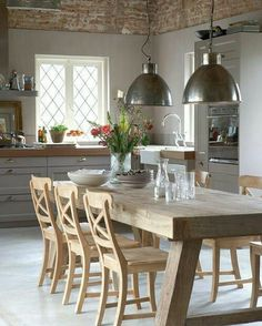 Modern kitchen lamps provide for exquisite kitchen lighting - Wood ideas Rustic Kitchen Design, Dining Room Design, Dining Room Table, Country Kitchen, New Kitchen, Dining Area, Kitchen Decor, Kitchen Industrial, Industrial Table