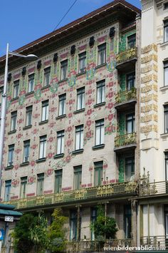 "Otto Wagner, ""Majolikahaus"" linke Wienzeile 40, Vienna"