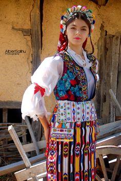 Woman's costume from Presheva; Medvegja :))