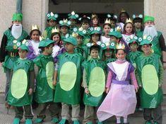 """Carnaval 2008 """" Els contes"""" - Escola Llibertat - Àlbums web de Picasa Carnival Crafts, Carnival Decorations, Green Costumes, Diy Costumes, Frog Costume, Dear Zoo, Nursery Activities, Jungle Party, Autumn Activities"""
