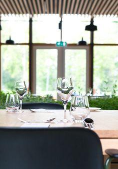 Interieur restaurant Stenden University   Achterbosch Architecten Restaurant, Table Decorations, Furniture, Home Decor, Decoration Home, Room Decor, Diner Restaurant, Home Furnishings, Restaurants