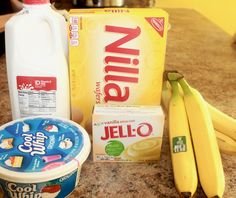 The Best Banana Pudding Recipe You Will Ever Find Hey Y'all! Today, I'm sharing the best banana pudding recipe you will ever find. This is not your mama's banana pudding, this banana pudding is full of Southern Love. I have alway… Banana Pudding Ingredients, Banana Pudding Desserts, No Bake Banana Pudding, Southern Banana Pudding, Banana Recipes, Eagle Brand Banana Pudding, Vanilla Wafer Banana Pudding, Homemade Banana Pudding, Chocolate Pudding