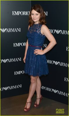 Emilie de Ravin, Emporio Armani New York Flagship Opening, NYC Sept. Emporio Armani, Belle Outfit, Emilie De Ravin, Most Beautiful People, Ricky Martin, Spring Hairstyles, Summer Dresses, Formal Dresses, Dress Collection