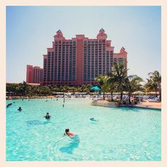 Just another day in paradise... #atlantis #bahamas