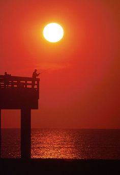 #sunrise on the pier
