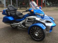 Recently built Archive - Sturgis Trike Three Wheel Motorcycles, Three Wheel Bicycle, 3 Wheel Motorcycle, Motorcycle Gear, Custom Trikes, Custom Motorcycles, Can Am Spyder Accessories, Tri Scooter, Bike With Sidecar