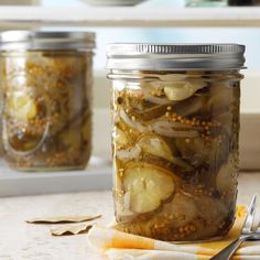 Pickled okra is a Southern classic that packs a zesty punch and flavorful crunch. Here are two Field Editor-tested recipes for pickled okra. Homemade Pickles, Pickles Recipe, Butter Pickles, Canning Pickles, How To Make Pickles, Pickled Okra, Sweet Pickles, Taste Of Home, Canning Recipes