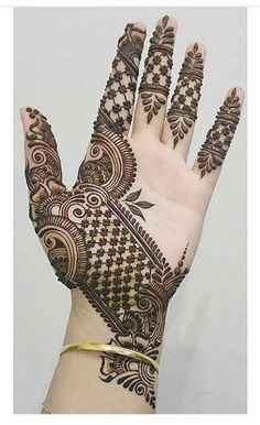 Engagement Mehndi Design 2019 Mehndi henna designs are always searchable by Pakistani women and girls. Women, girls and also kids apply henna on their hands, feet and also on neck to look more gorgeous and traditional. Henna Hand Designs, Dulhan Mehndi Designs, Mehndi Designs Finger, Mehendi, Mehndi Design Pictures, Modern Mehndi Designs, Mehndi Designs For Girls, Mehndi Designs For Beginners, Mehndi Designs For Fingers