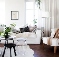 This living room looks so inviting! interior design / living room ideas / black and white / pillows and couches / dream homes My Living Room, Home And Living, Living Room Decor, Living Spaces, Small Living, Modern Living, Barn Living, Clean Living, Living Room Inspiration