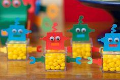 Festa de 1 ano com o tema robô   Baby & Kids   It Mãe