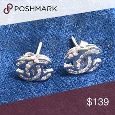 😍3 day sale.White gold earrings Chanel logo 💯18k white gold. Pre own. No trade Jewelry Earrings