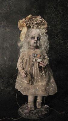 authentic fauxhemian little girls doll Creepy Baby Dolls, Creepy Clown, Ooak Dolls, Blythe Dolls, Haunted Dolls, Gothic Dolls, Halloween Doll, Julien, Creepy Art
