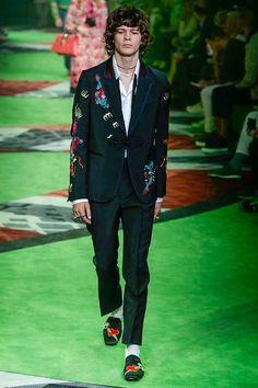 Gucci Spring 2017 Menswear Fashion Show - Milan Men Fashionweek - Bxy Frey Art and Ideas Shared :  More At FOSTERGINGER @ Pinterest