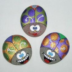 Rock painting. Would be cute in a garden!