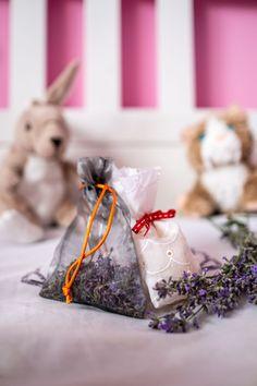 Časlevandule: Udělejte zníkrásné dekorace ilimonády - Proženy Gift Wrapping, Homemade, Gifts, Garden, Gift Wrapping Paper, Presents, Garten, Home Made, Wrapping Gifts