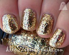 Spooky Nails: Gliiter week day 7 - China Glaze Treasure Chest (glitter,gold,sparkle,nails)