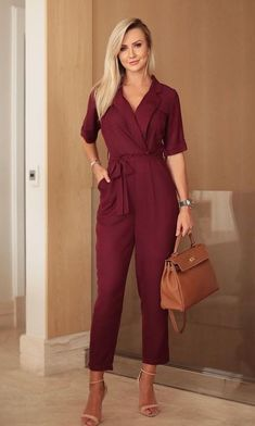 Swans Style is the top online fashion store for women. Shop sexy club dresses, jeans, shoes, bodysuits, skirts and more. Office Outfits, Mode Outfits, Casual Outfits, Classy Outfits For Women, Clothes For Women, Push Up Jeans, Jumpsuit Outfit, Latest Street Fashion, Professional Outfits