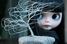 Wire in the Wind by Zaloa27, via Flickr