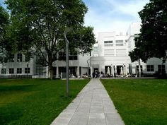 ARCHITECTURE | MUSEO DE ARTES DECORATIVAS DE FRANKFURT University Lifestye| THEULIFESTYLE | blog de moda | streetstyle | decoración