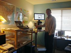 Standing desk, by Paul Hilbink