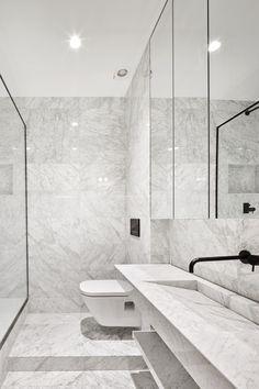 Reforma de una vivienda de 65m2 en el barrio de Gracia, Barcelona, con una premisa, aprovechar la luz natural al máximo y crear...