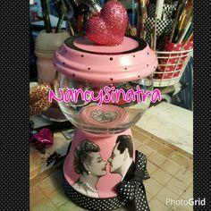 I love lucy gumball jar, pink and black, pokadots gumball jar, machine made by NancySinatra 2016.