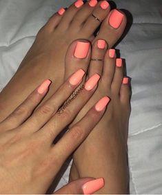I want to lick this feet / Quiero lamer estos pies Bright Toe Nails, Gel Toe Nails, Acrylic Toe Nails, Pink Toe Nails, Pretty Toe Nails, Summer Toe Nails, Cute Toe Nails, Feet Nails, Simple Toe Nails