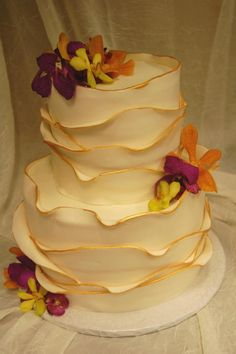 Wavy petal cake from Sweet Life in Eugene, OR.