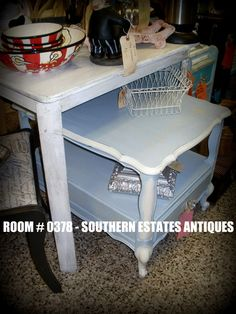 painted end table. french inspired painted vintage furniture