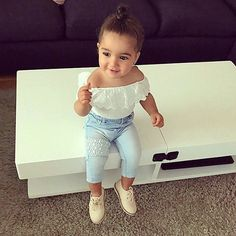 Excellent baby nursery detail are offered on our internet site. Check it out and you wont be sorry you did. Little Girl Outfits, Little Girl Fashion, Toddler Fashion, Toddler Outfits, Kids Fashion, Cute Baby Girl, Cute Babies, Baby Boy, Bebe Love